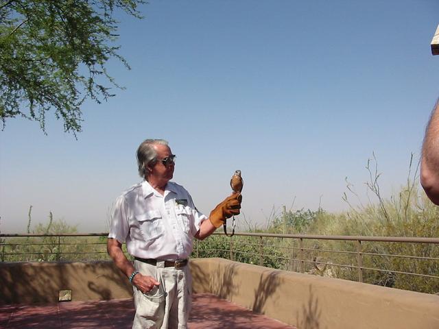 Arizona                     Sonora Desert Museum - http://www.eg.bucknell.edu/%7Ehyde/dan/Southwest/Jpegs/SouthwestPics/DesertMuseum1.JPG